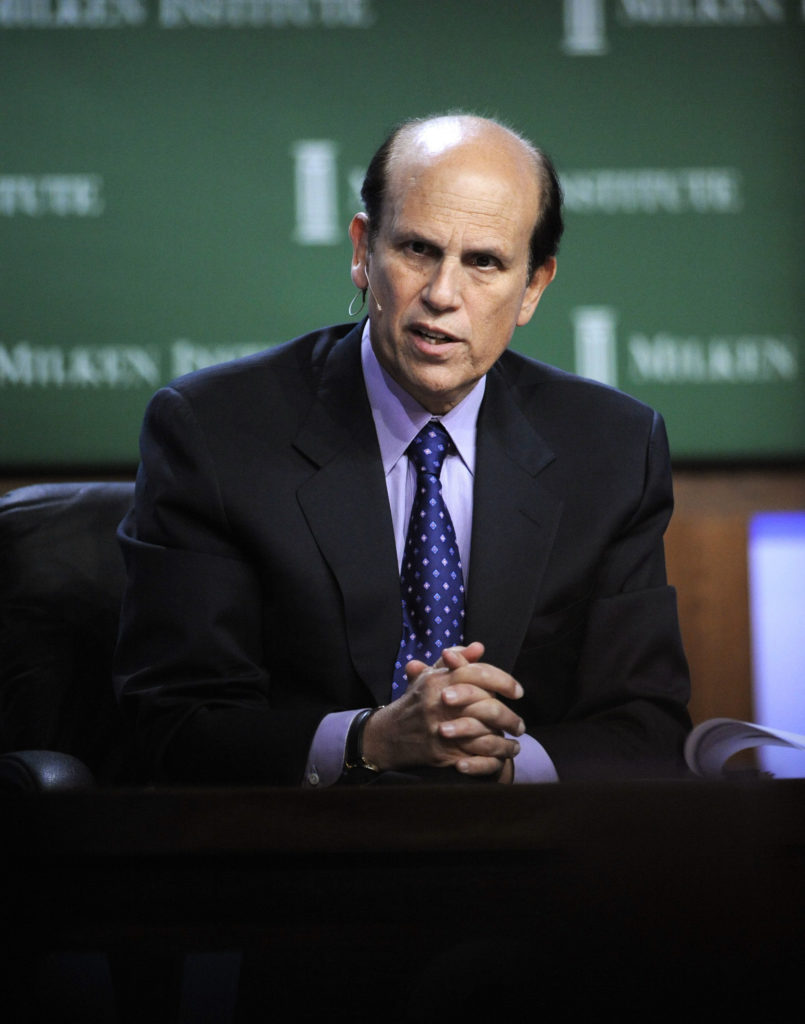 Michael Milken, chairman, Milken Institute, and chairman, Faster Cures/The Center for Accelerating Medical Solutions, moderates the Lunch Panel: A Discussion With Nobel Laureates in Economics at the 2008 Milken Institute Global Conference in Beverly Hills, California April 29, 2008. REUTERS/Phil McCarten (UNITED STATES)