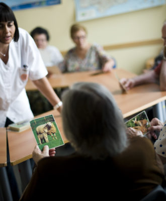 Alzheimer patients