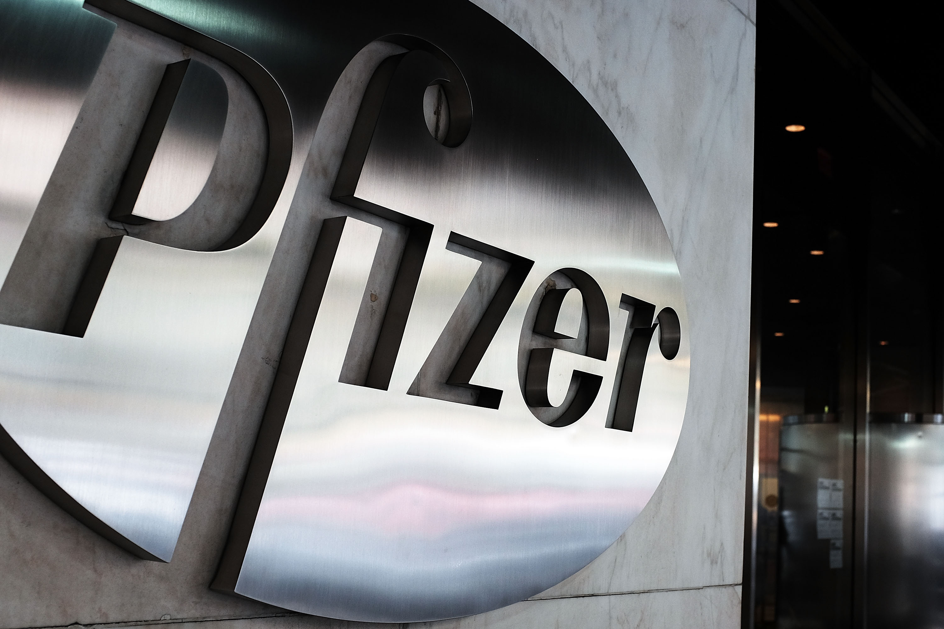 Pfizer And Biontech Announce Plan To Expand Covid 19 Vaccine Trial