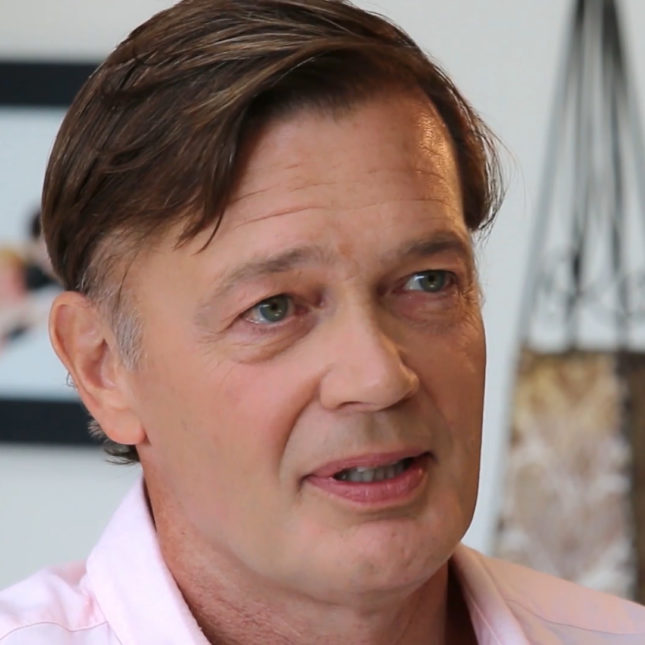 Trump Meets With Vaccine Skeptic >> Andrew Wakefield Vaccine Skeptic Attends Inaugural Ball