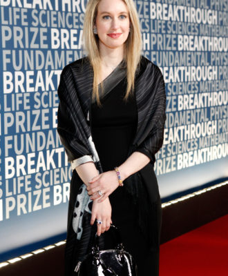 Elizabeth Holmes at the 2016 Breakthrough Prize ceremony.