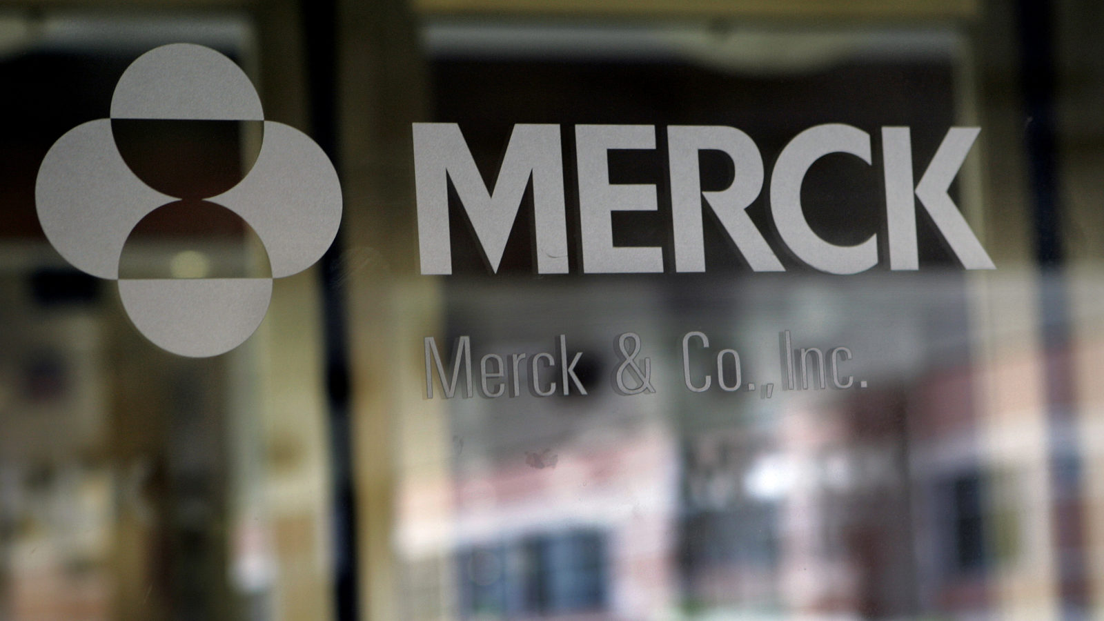 Merck to pay $425M for biotech to get Covid-19 drug, but says manufacturing will be a challenge