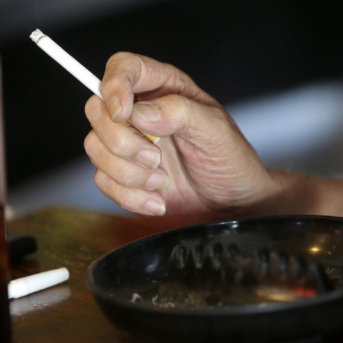 One-fourth of US cancer deaths linked with one thing: smoking