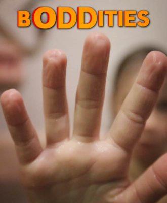 Boddities: Wrinkled fingers