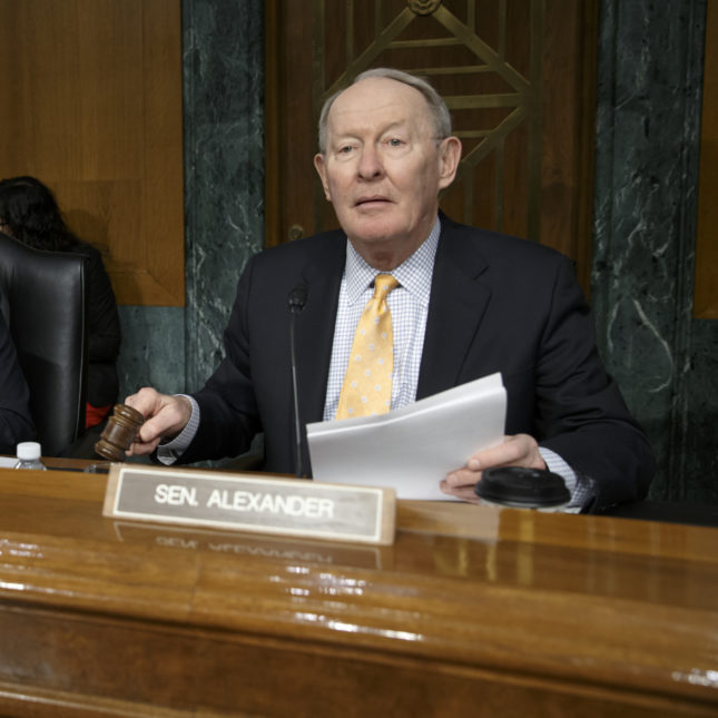 Opinion Why Trumps Ties To Anti Vaccine >> Senators On Key Panel Reject Trump S Skepticism About Vaccines