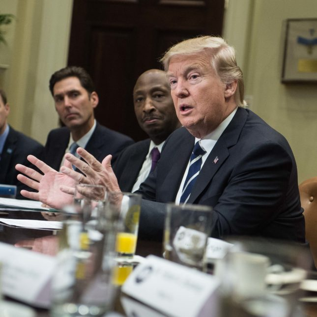 Trump w Pharma execs