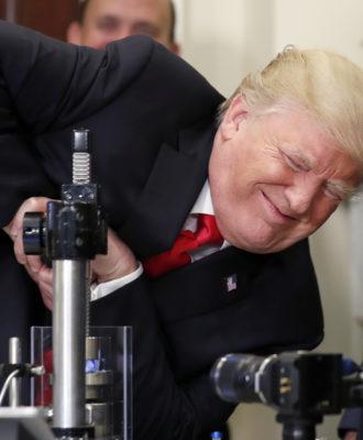 Donald Trump - Corning Valor glass