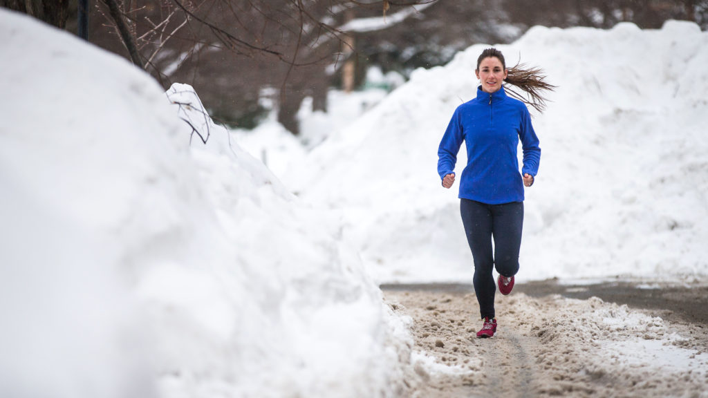 Does exercise burn more calories in the cold than in warm weather?