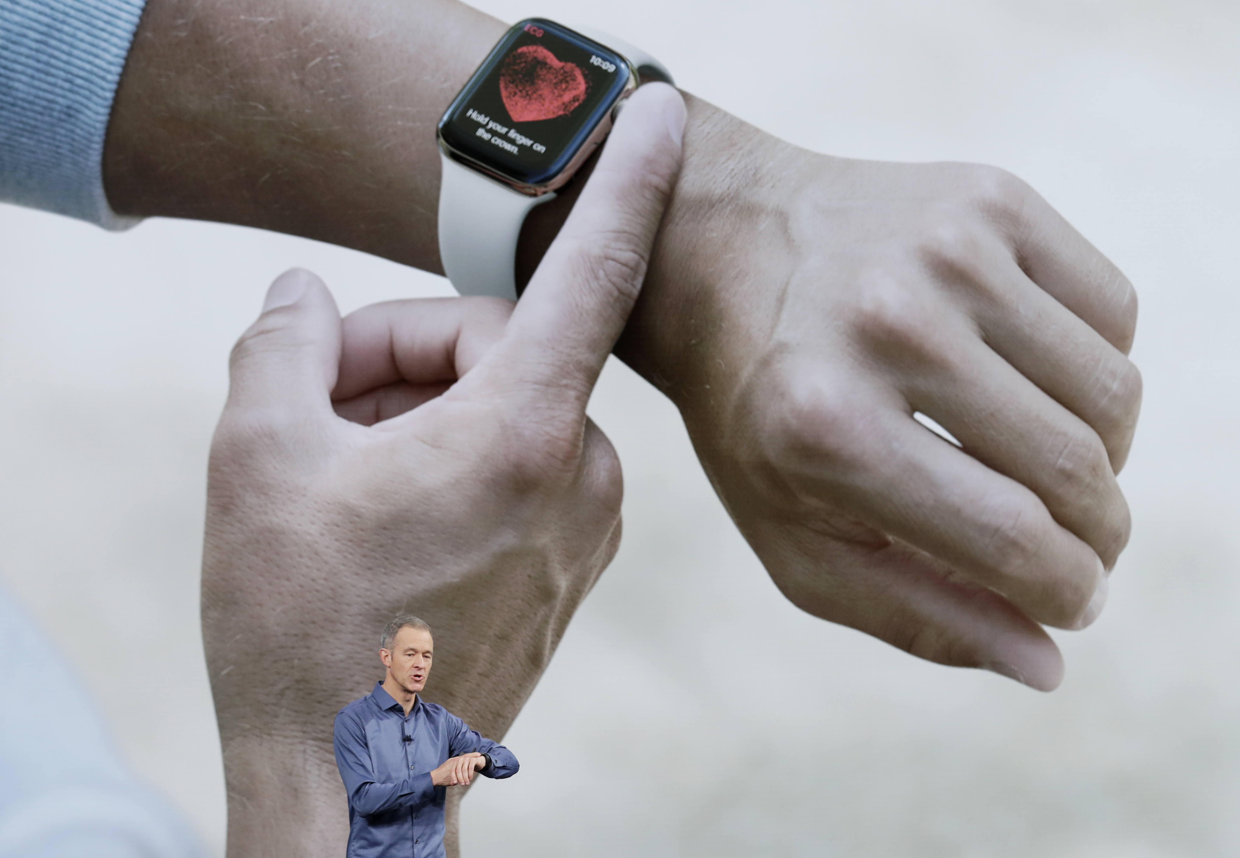 The new Apple Watch, with FDA's blessing, comes with an EKG