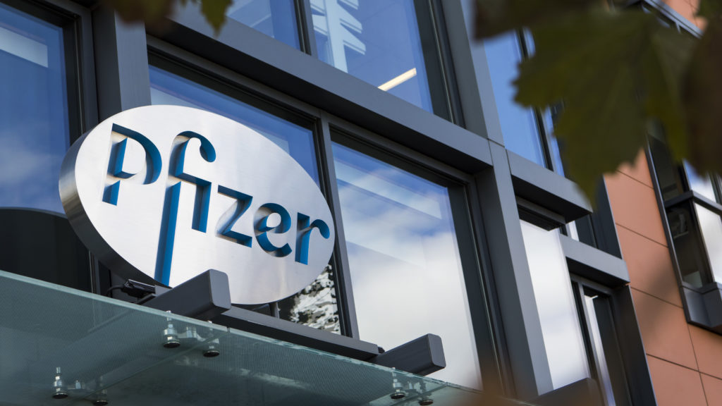 Pfizer Won T Seek Covid 19 Vaccine Approval Before Mid November Stat