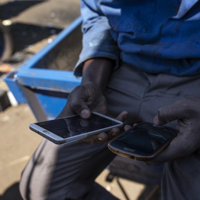 Cell phones Zimbabwe