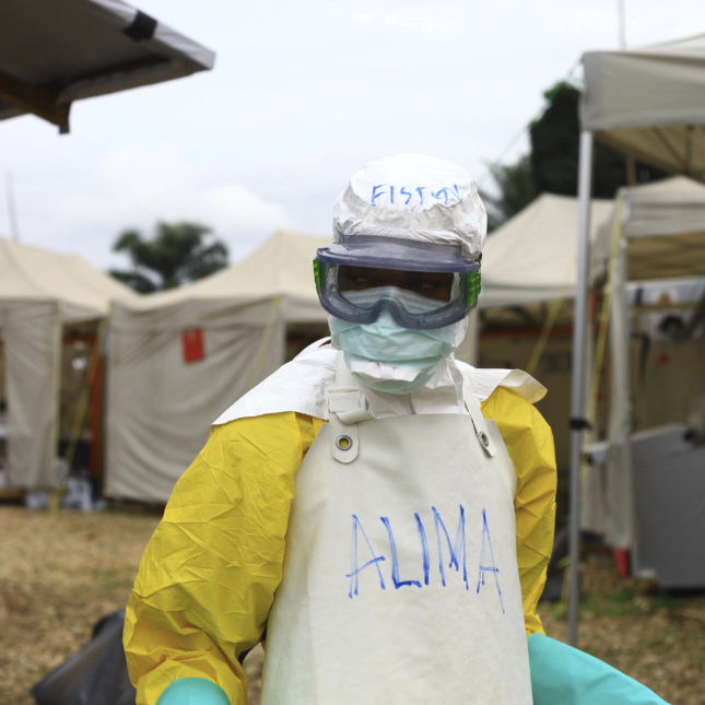 American possibly exposed to Ebola in DRC flown to U S