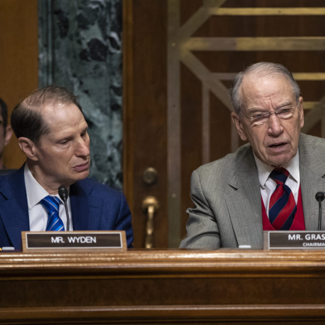 Chuck Grassley, Ron Wyden