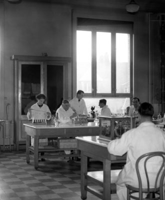 PASTEUR INSTITUTE - tuberculosis research lab