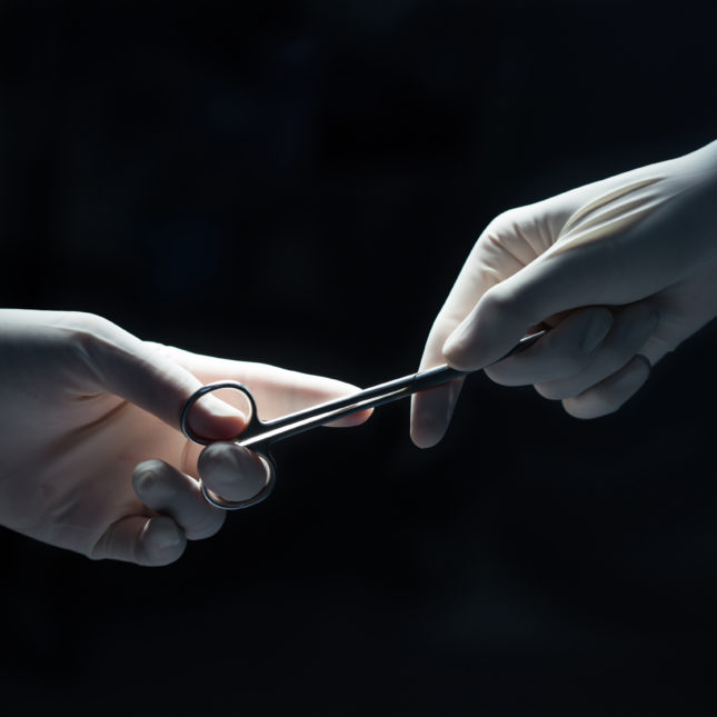 Surgeons working together