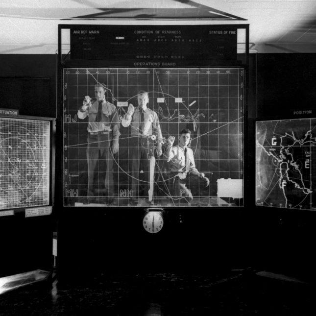 Radar operators 1954
