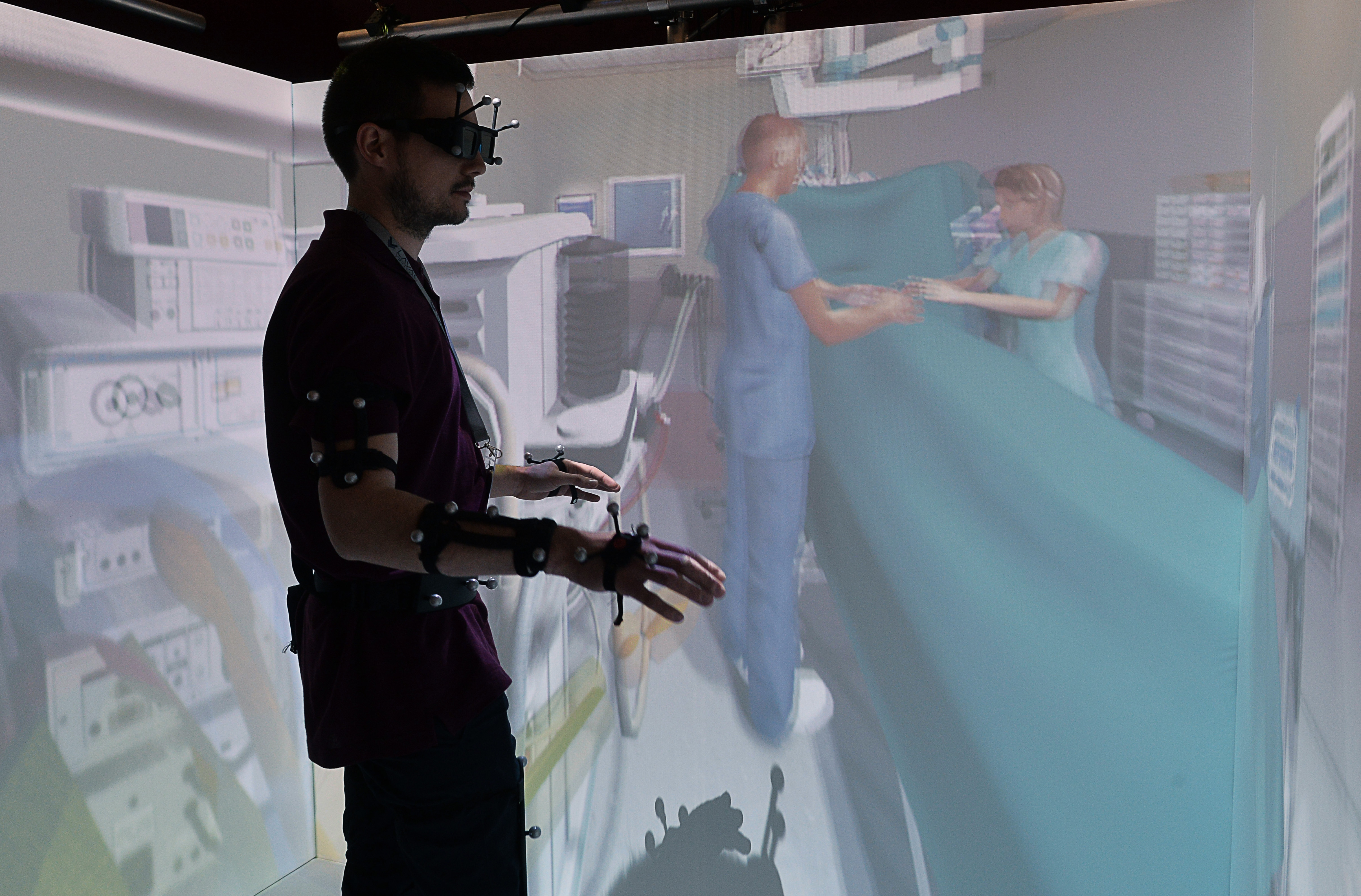 Virtual and augmented reality can save lives by improving surgeons' training