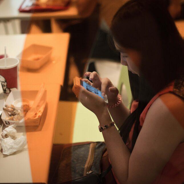 Restaurants Are Using Social Media To Flag Foodborne Illness