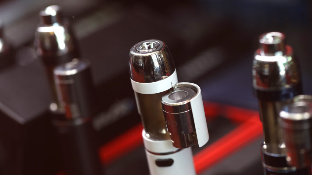 Are vape makers helping smokers quit? Survey suggests most don't buy it