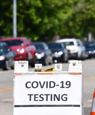 covid 19 testing sign