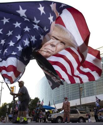 Trump rally Tulsa Covid-19