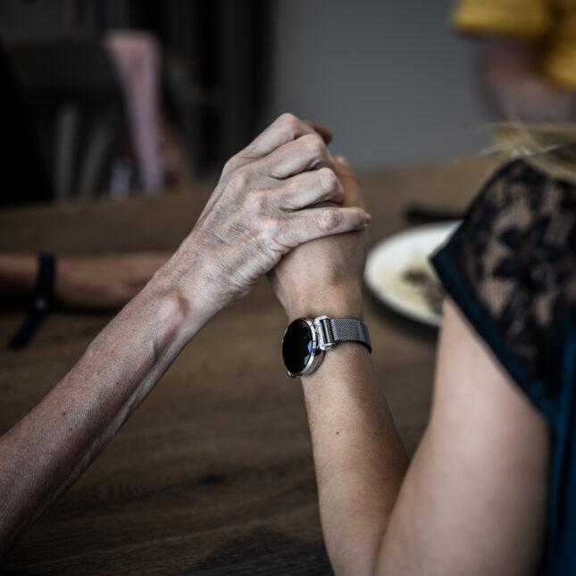 Alzheimers patient caregiver caregiving