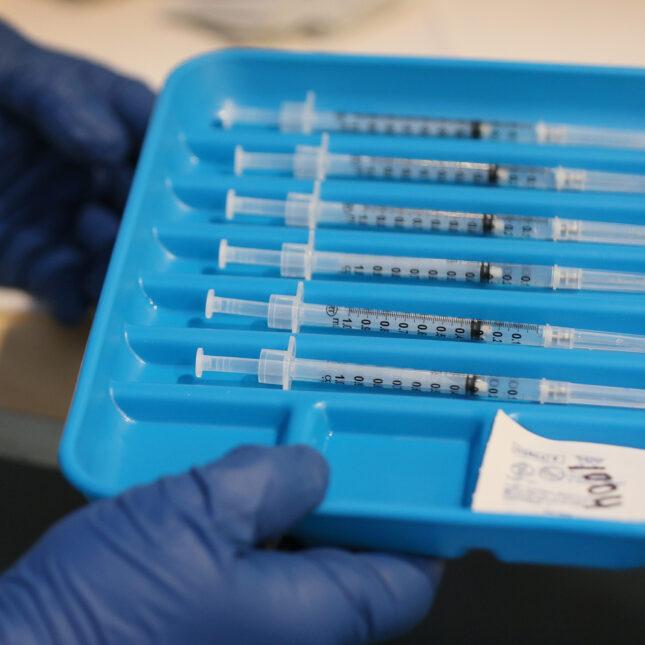 Florida - vaccine tray