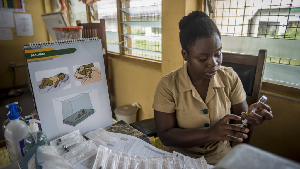 WHO recommends broad rollout of world's first malaria vaccine